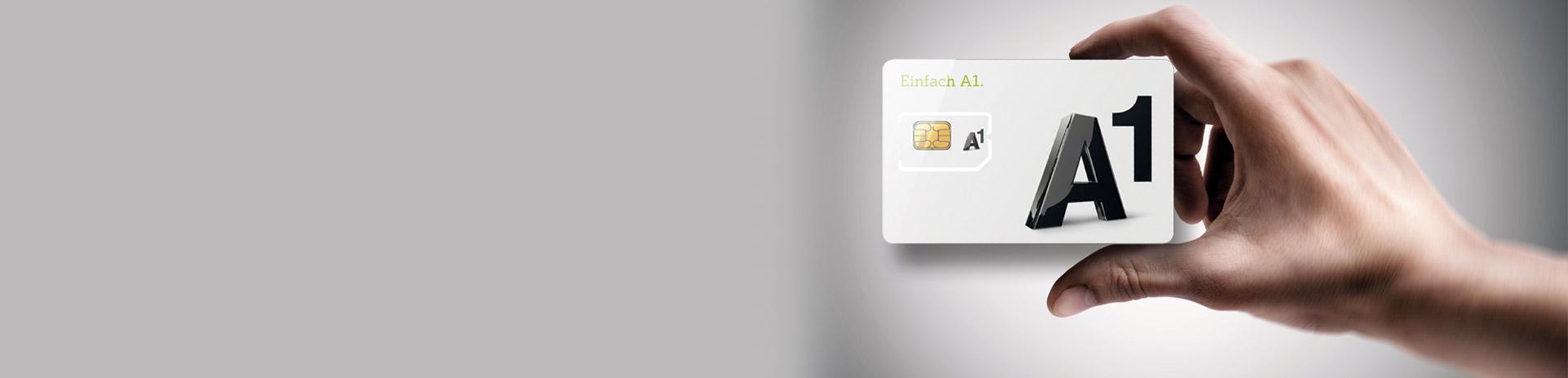 Hand, die A1 SIM-Karte hält