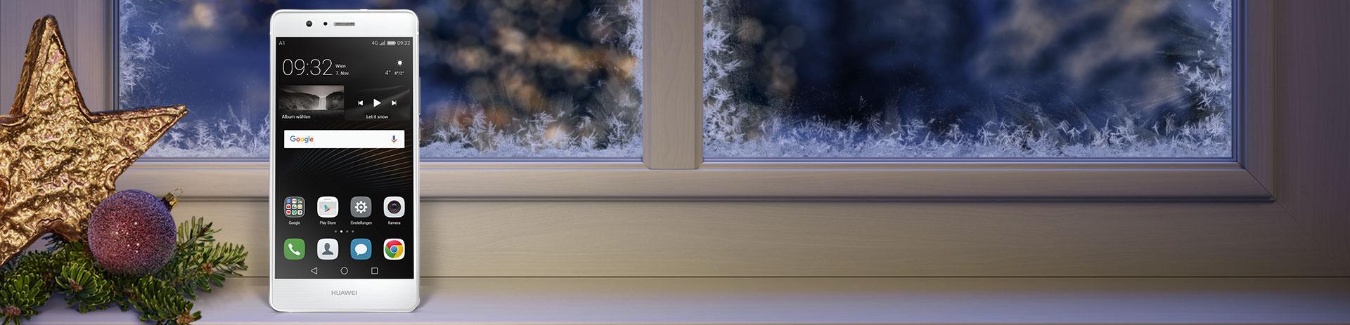 Huawei P9 Lite auf verschneitem Fensterbrett