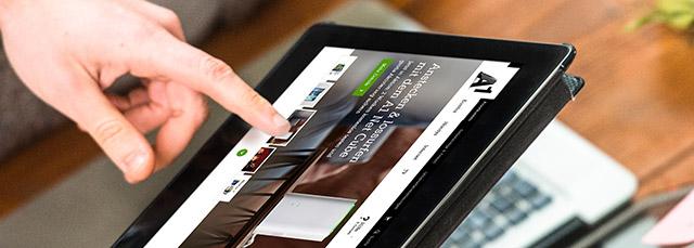 Arbeiten im Kundencenter auf dem Tablet